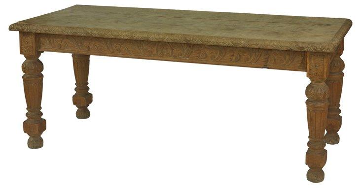 English Elizabethan-Style Table