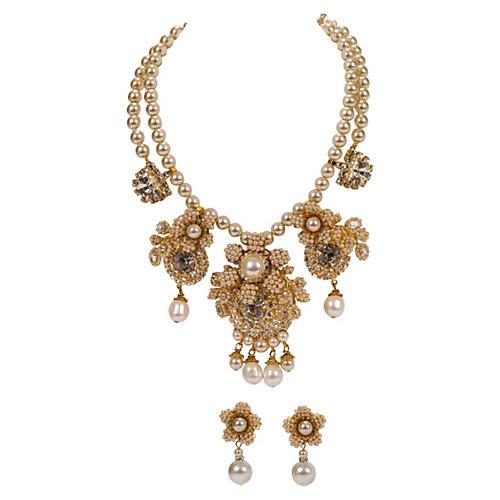 Vrba Necklace & Earrings Faux Pearl Set