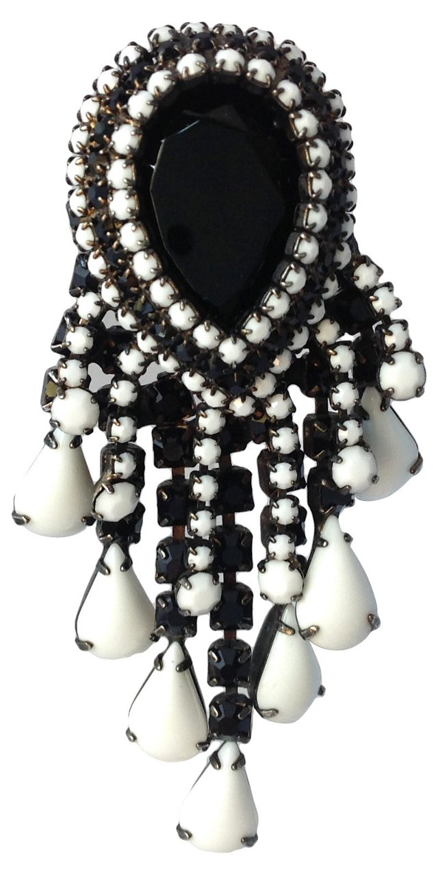 Hattie Carnegie Black & White Brooch