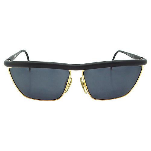 Ferré Matte Black Framed Sunglasses