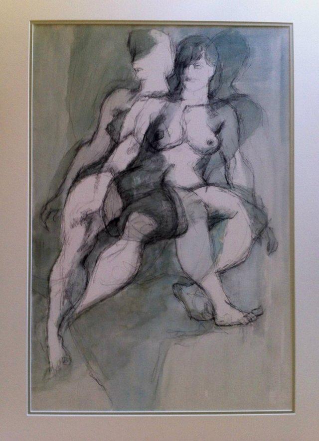 2 Nude Women