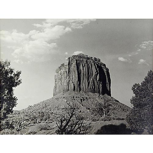 Desert Sentinel Monument Valley