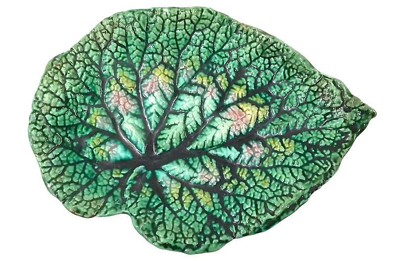 Antique Etruscan Majolica Leaf Plate