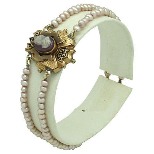 Cameo & Freshwater Pearl Bracelet