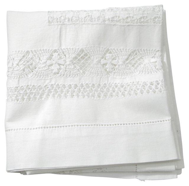 Sparkling White Tablecloth/Drawn Thread