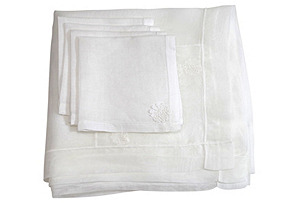 Organza Tablecloth  & Napkins, Svc for 4