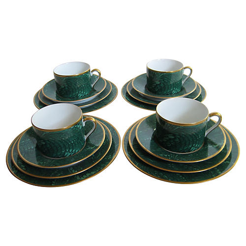 16-Pc Emerald Feather-Glaze Brunch Set