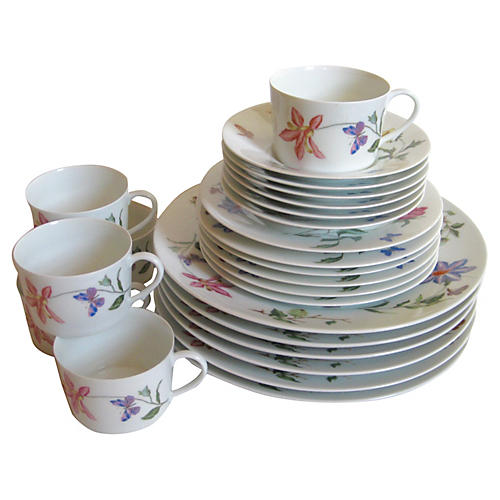 Raynaud Limoges Porcelain Service for 6