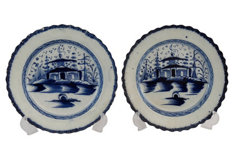 18th-C. Chinoiserie Plates, Pair