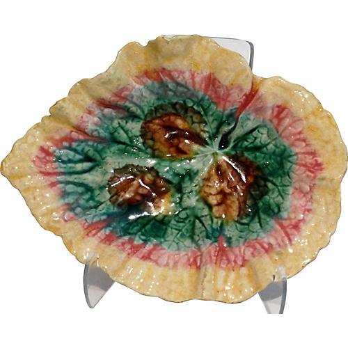Majolica Begonia Cabinet Plate