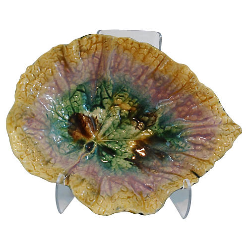 Antique Begonia Leaf Cabinet Plate