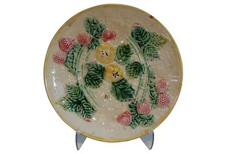 Etruscan Strawberry Majolica Plate