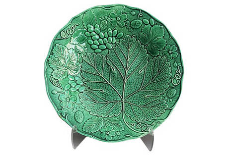 Early Majolica Grape & Leaf Plate