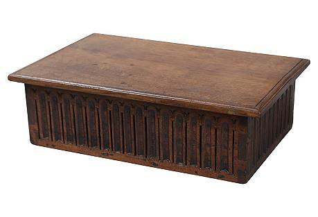 C. 1900 English Oak Gothic-Style Box