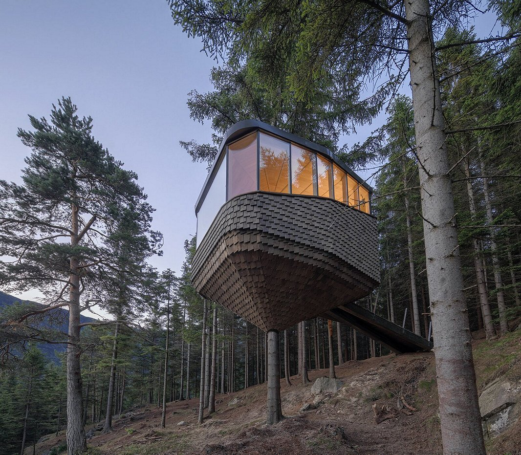 This isn't your child's treehouse. It's a Norwegian cabin and Dwell Design Award winner.